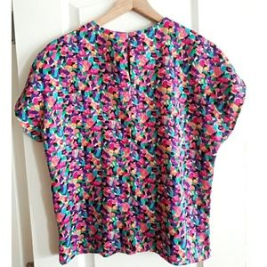 Notations Tops - Vintage Abstract Notations Multicolored Top!